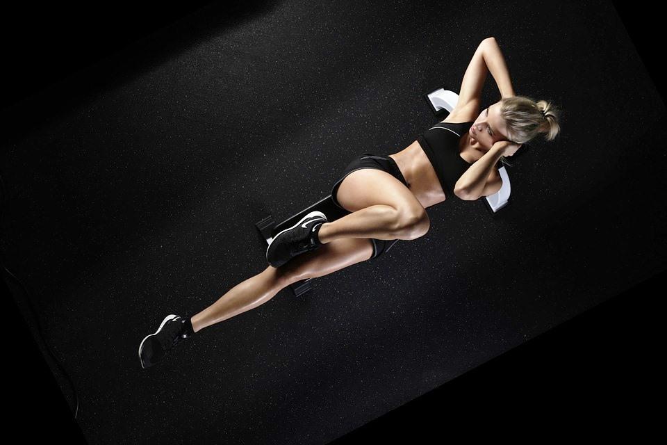 Allenamento CrossFit alto impatto, la guida del trainer