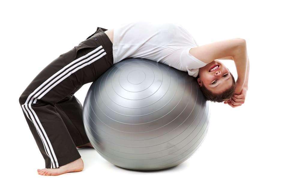 Gli esercizi addominali alti, i fondamentali