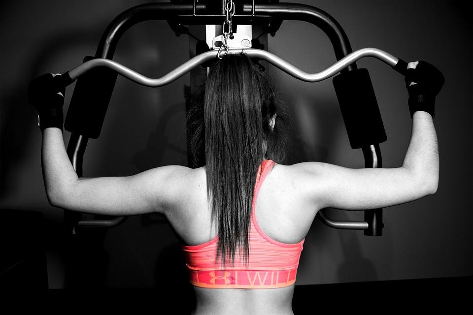 Fitness femminile: perdere peso e mettere massa