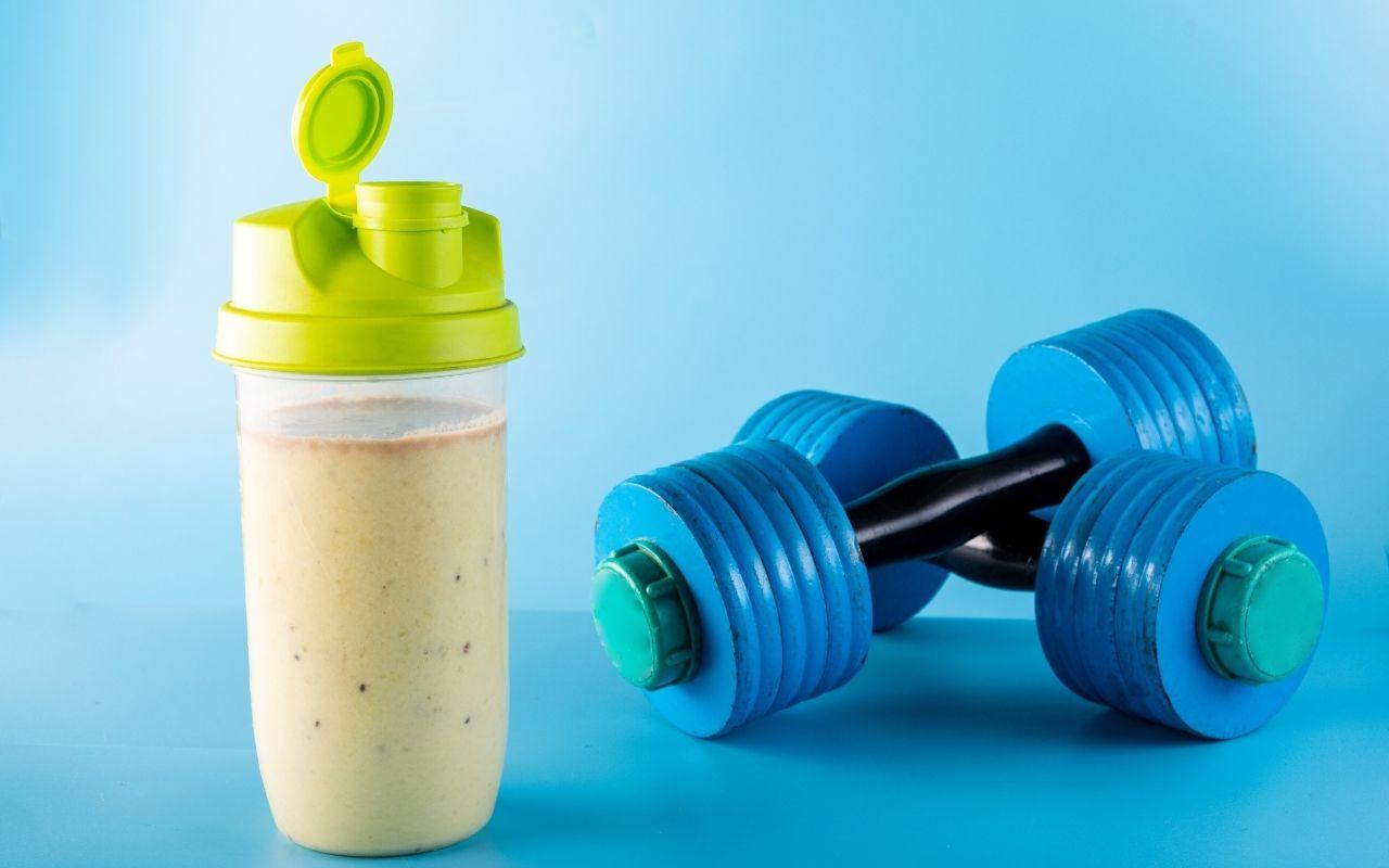 Quando assumere proteine, prima o dopo allenamento?